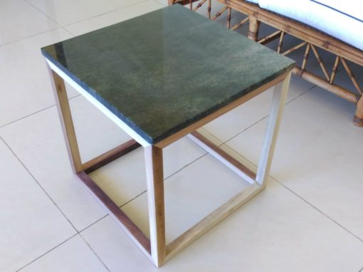 Table d'appoint – Cubic Side Table