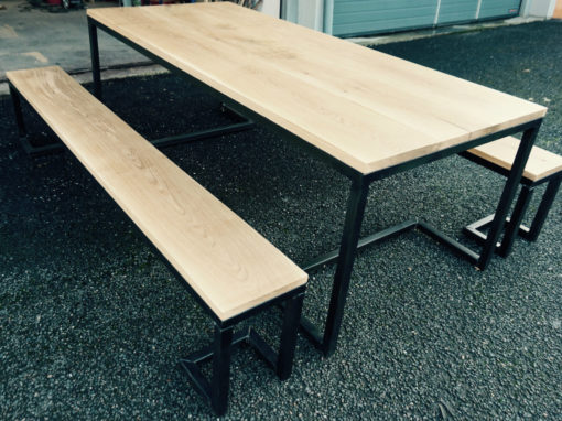 The Modernist Table