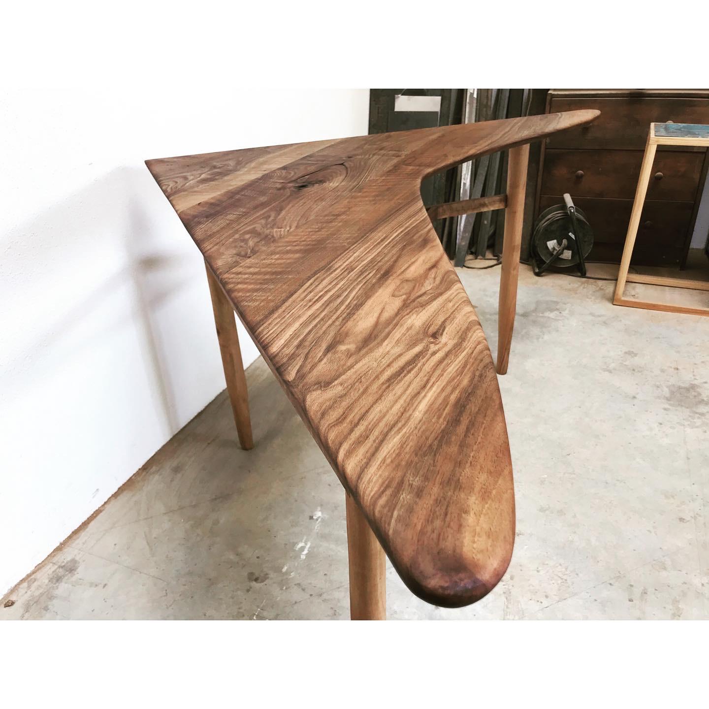 The Hulio Corner Table 4